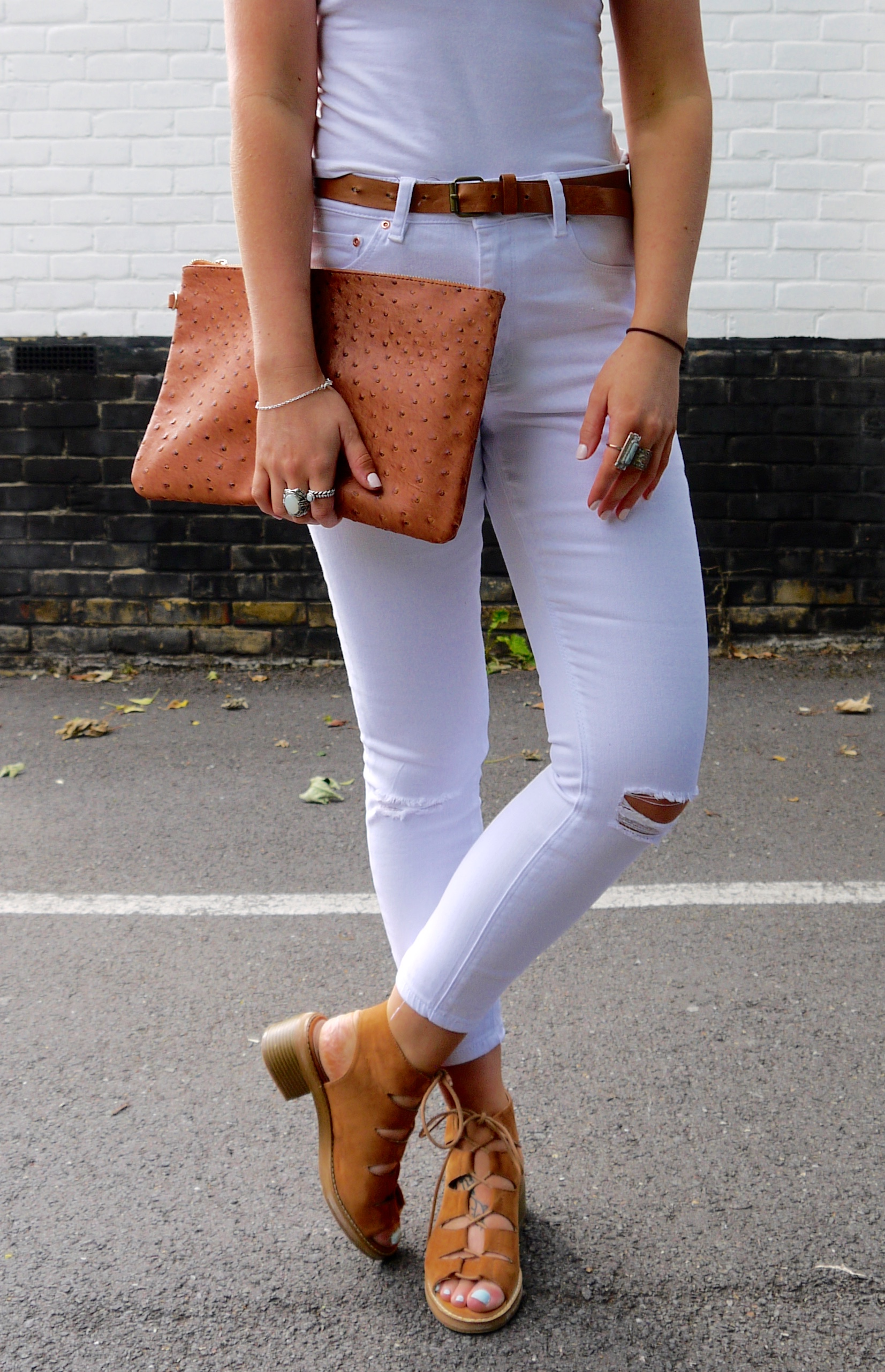 asos ridley jeans, white ripped jeans, tan accessories, tan lace up sandals