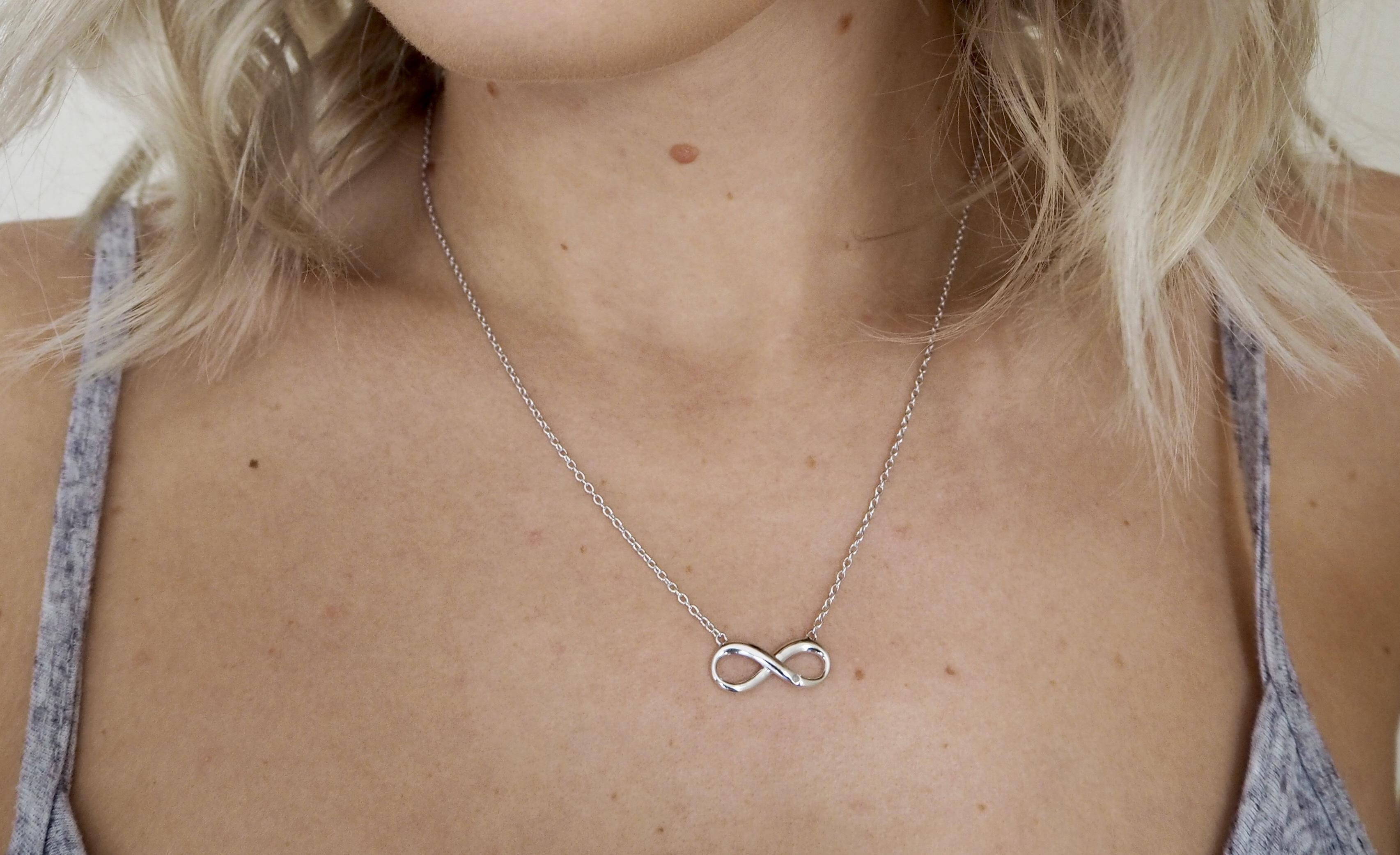laura byrnes, lauras little locket. hot diamonds, infinity necklace, infinity bracelet,