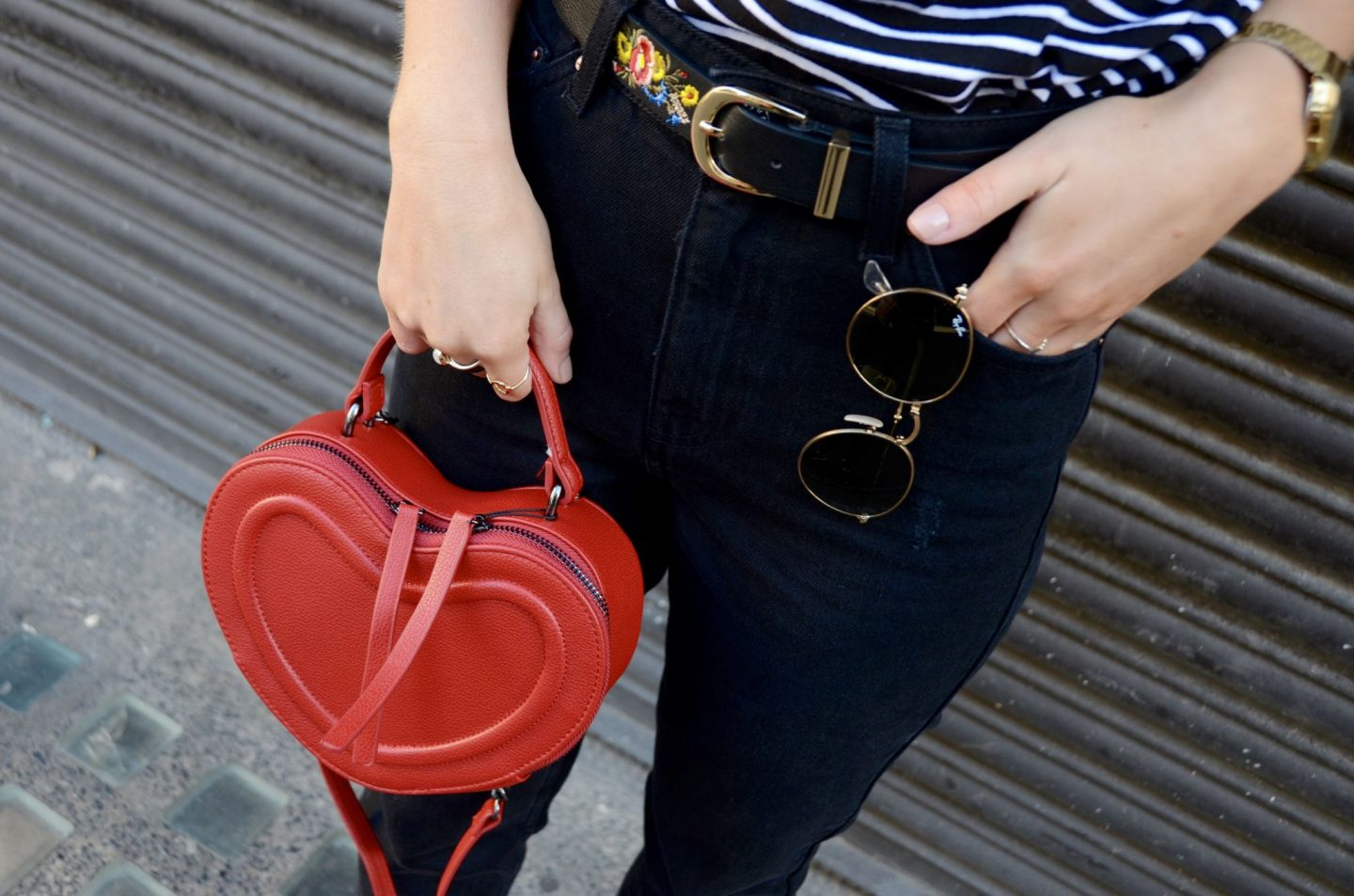 lauras little locket, laura byrnes, fashion blogger, london, maggie red boots, red boots, red accessories, red heart bag, how to wear red,
