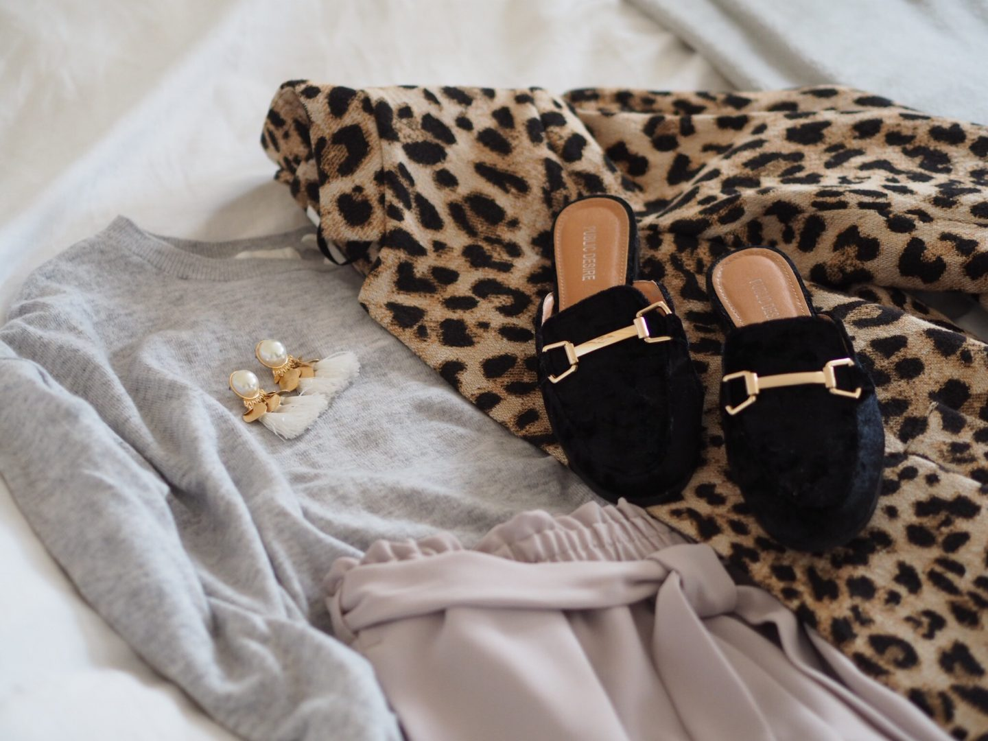 LAURA BYRNES, lauras little locket, london fashion week outfit, leopard print coat