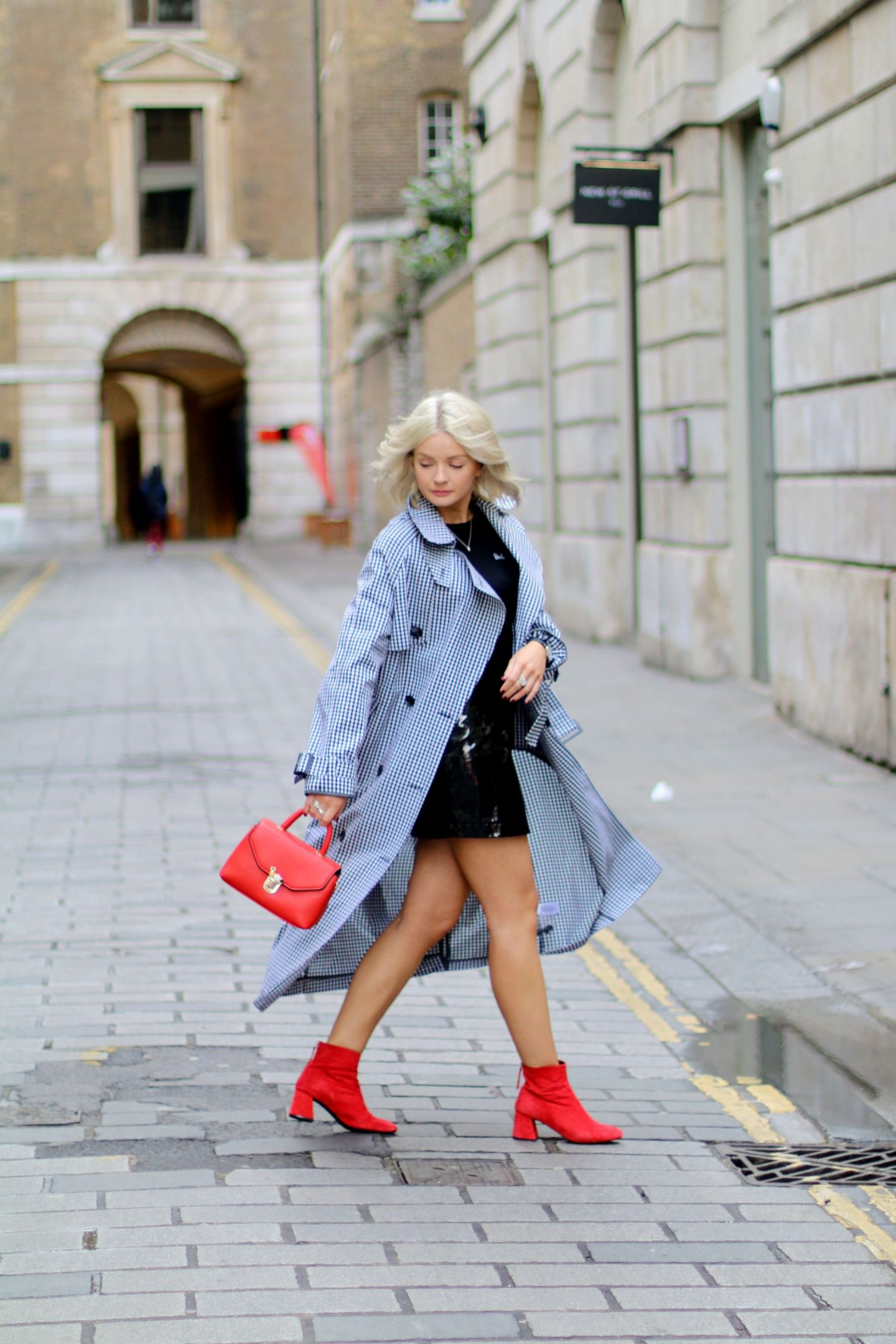 laura byrnes, lauras little locket, black pvc skirt, topshop red maggie boots, topshop bad habits, fashion blogger,