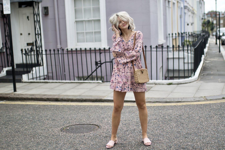 Laura Byrnes, Lauras's Little Locket
