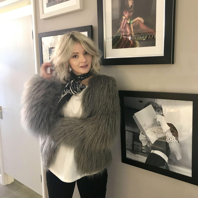 Laura Byrnes, Laura's Little Locket, The Dressing Room