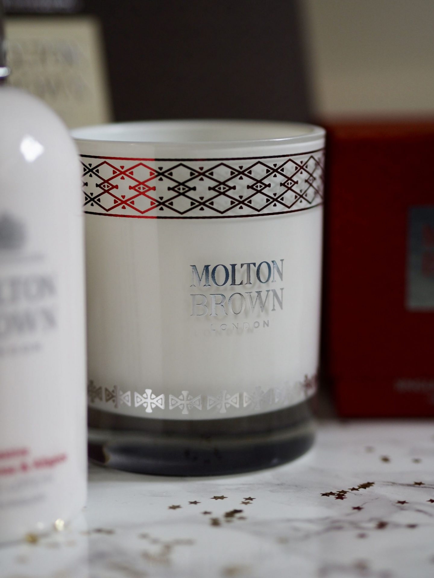 Laura Byrnes, Lauras little locket, gift guide, molton brown