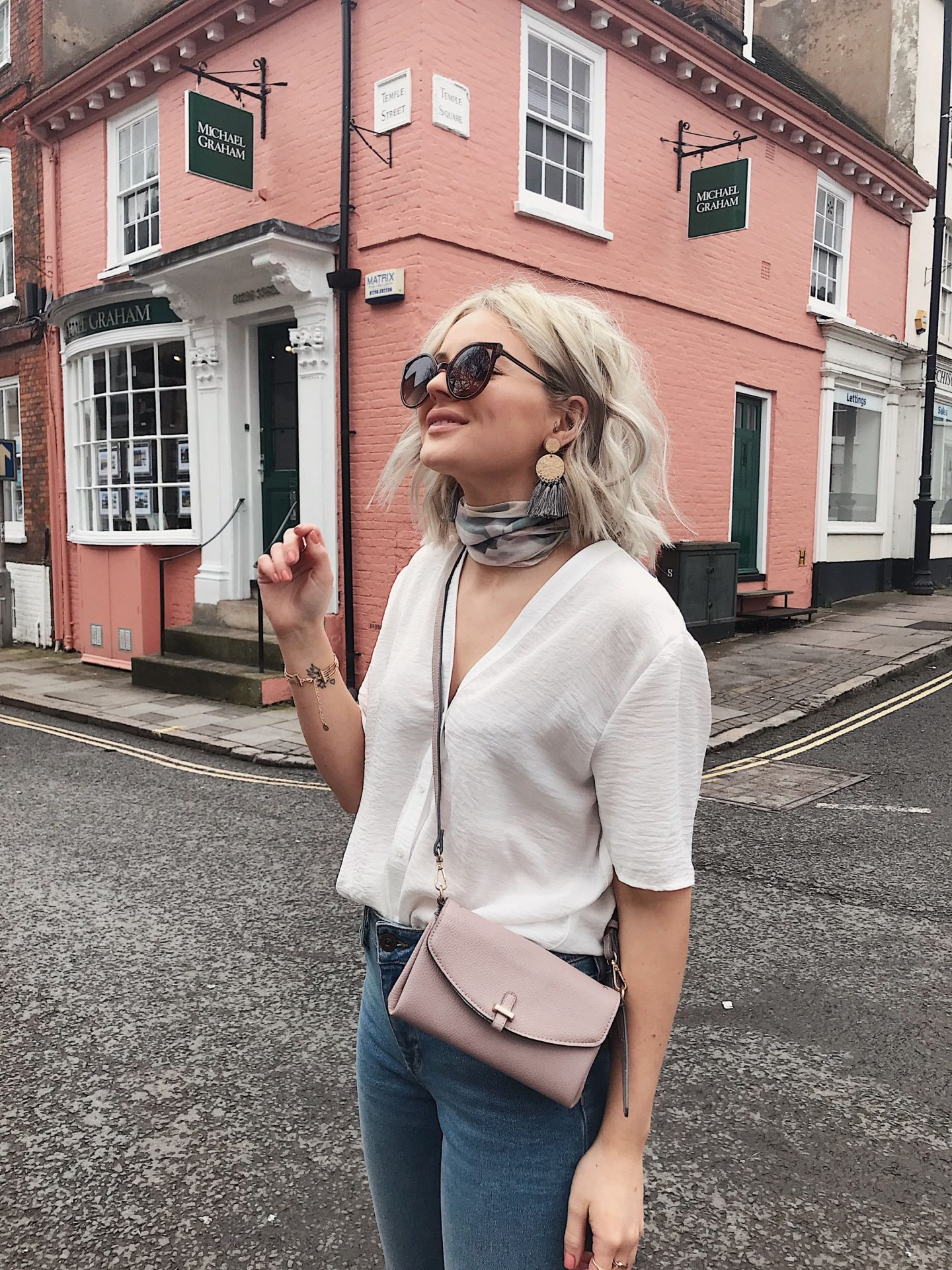 3 SPRING/SUMMER LOOKS WITH ACCESSORIZE